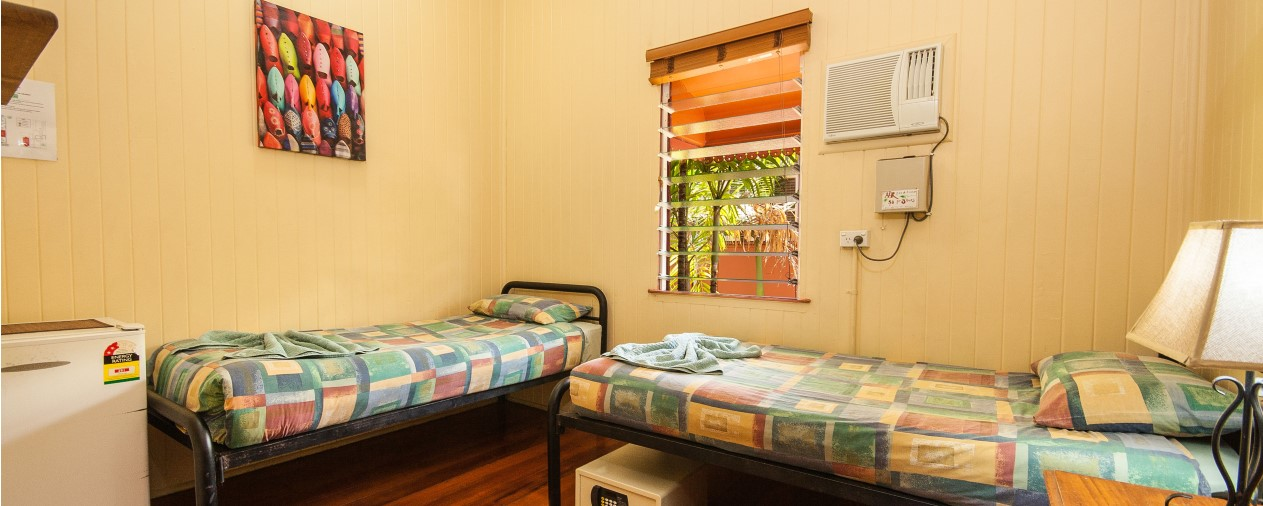 cairns backpackers room